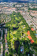 Nederland, Provincie, Amsterdam, 14-06-2012; Amsterdam Oud-Zuid en Oud-West, Vondelpark met tennisbanen Kattenlaan, Overtoom (re).The Vondelpark (park) in the southern residential district of Amsterdam. luchtfoto (toeslag), aerial photo (additional fee required).foto/photo Siebe Swart