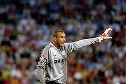 12-09-2006 VOETBAL: CHAMPIONS LEAGUE: PSV - LIVERPOOL: EINDHOVEN<br /> PSV en Liverpool eindigt zoals ze begonnen zijn 0-0 / Gomes<br /> ©2006-WWW.FOTOHOOGENDOORN.NL