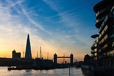 2015-03-10 UK weather: Sun sets over London