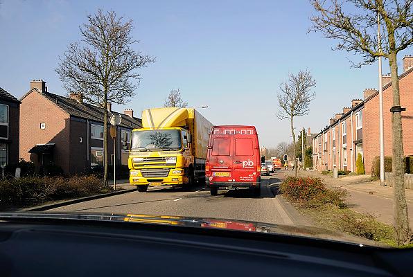 Nederland, Roermond, 15-2-2008..Door de opening van de A73 moet het verkeer, vooral vrachtverkeer, in de woonwijken van Roermond afnemen....Foto: Flip Franssen/Hollandse Hoogte