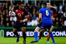 Billy Vunipola of England takes on Sebastian Negri of Italy - Mandatory by-line: Robbie Stephenson/JMP - 06/09/2019 - RUGBY - St James's Park - Newcastle, England - England v Italy - Quilter Internationals
