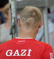 FUSSBALL   1. BUNDESLIGA  SAISON 2011/2012   3. Spieltag     20.08.2011 VfB Stuttgart - Bayer Leverkusen        Pavel Pogrebnyak (VfB Stuttgart) mit seiner Rückennummer einrassiert