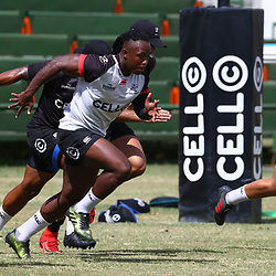 DURBAN, SOUTH AFRICA - JANUARY 19: S'busiso Nkosi during the Cell C Sharks training session at Growthpoint Kings Park on January 19, 2018 in Durban, South Africa. (Photo by Steve Haag/Gallo Images)