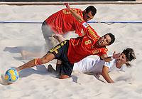 FIFA BEACH SOCCER WORLD CUP 2008 PORTUGAL - SPAIN  27.07.2008 Javi ALVAREZ (ESP, l) against BILRO (POR).