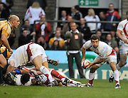 Twickenham, GREAT BRITAIN, Danny CARE,  passing the ball during the Investic Challenge, England vs Australia, Autumn International at Twickenham Stadium, Surrey on Sat 15.11.2008 [Photo, Peter Spurrier/Intersport-images]