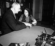 Dana visits President Éamon de Valera at Áras an Uachtaráin<br /> <br /> 24/03/1970<br /> <br /> 24th March 1970