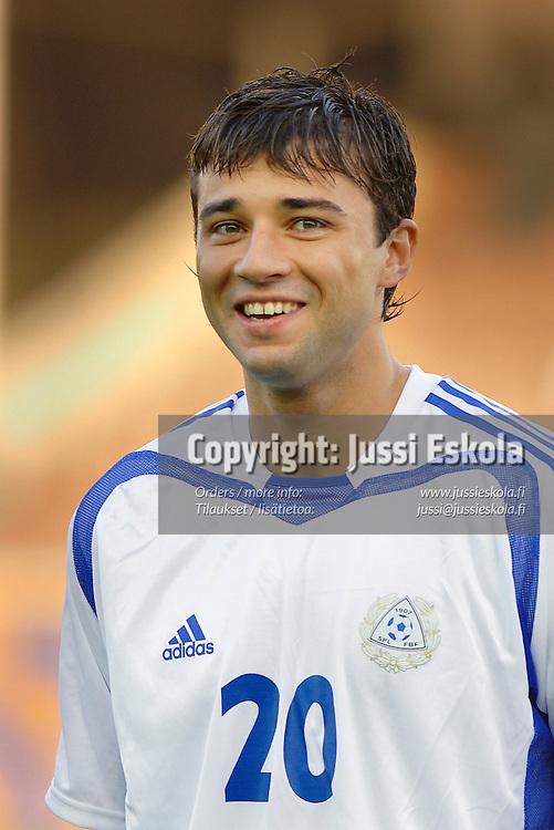Aleksei Eremenko Jr.&amp;#xA;A-maajoukkue. &amp;#xA;Suomi-Romania, Helsinki, Olympiastadion 8.10.2005.&amp;#xA;Photo: Jussi Eskola&amp;#xA;<br />