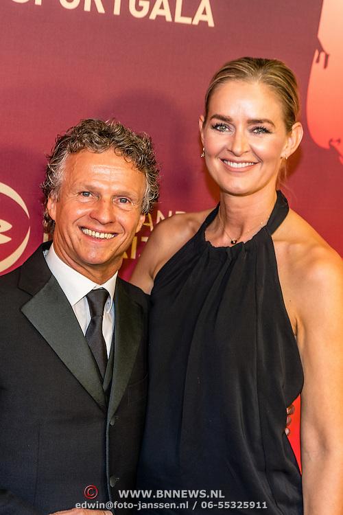 NLD/Amsterdam/20161221 - NOC*NSF Sportgala 2016, Jan Lammers en partner Mariska Hoyinck
