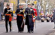 12-12-2015 - ROTTERDAM -  Koning Willem-Alexander neemt een defile af van het Korps Mariniers, dat 350 jaar bestaat. Langs het stadhuis op de Coolsingel lopen z'n 2000 mariniers en veteranen COPYRIGHT DEFENSIE