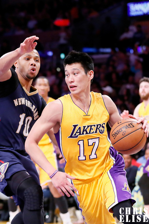 01 April 2015: Los Angeles Lakers guard Jeremy Lin (17) drives past New Orleans Pelicans guard Eric Gordon (10) during the New Orleans Pelicans 113-92 victory over the Los Angeles Lakers , at the Staples Center, Los Angeles, California, USA.