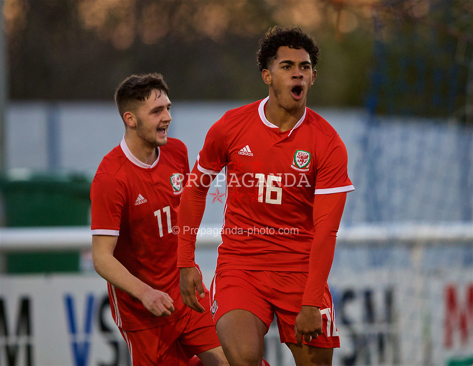 BANGOR, WALES - Saturday, November 17, 2018: Wales' Christian Norton (R) celebrates scoring the second goal with team-mate Joseph Adams, to make the score 2-1, during the UEFA Under-19 Championship 2019 Qualifying Group 4 match between Sweden and Wales at the Nantporth Stadium. (Pic by Paul Greenwood/Propaganda)