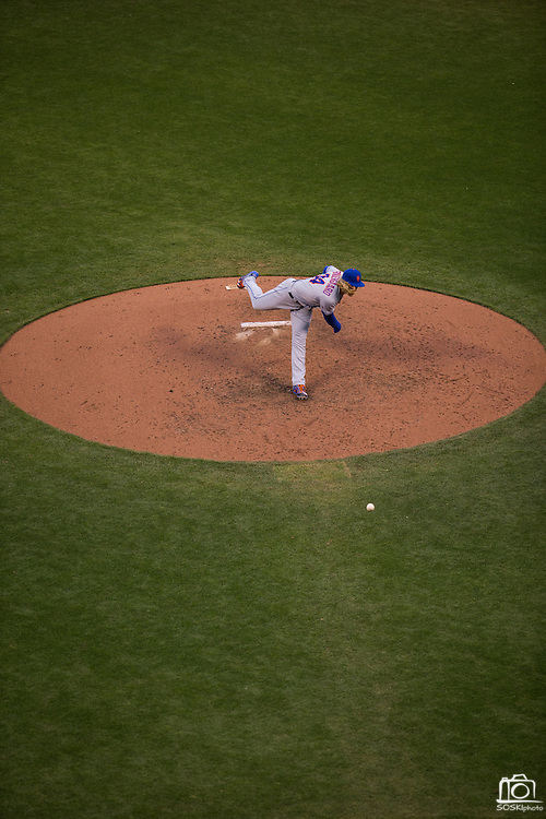 New York Mets starting pitcher Noah Syndergaard (34) pitches against the San Francisco Giants at AT&T Park in San Francisco, Calif., on August 21, 2016. (Stan Olszewski/Special to S.F. Examiner)