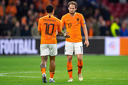 24-03-2019 NED: UEFA Euro 2020 qualification Netherlands - Germany, Amsterdam<br /> Netherlands lost the match 3-2 in the last minute / Memphis Depay #10 of The Netherlands, Daley Blind #17 of The Netherlands