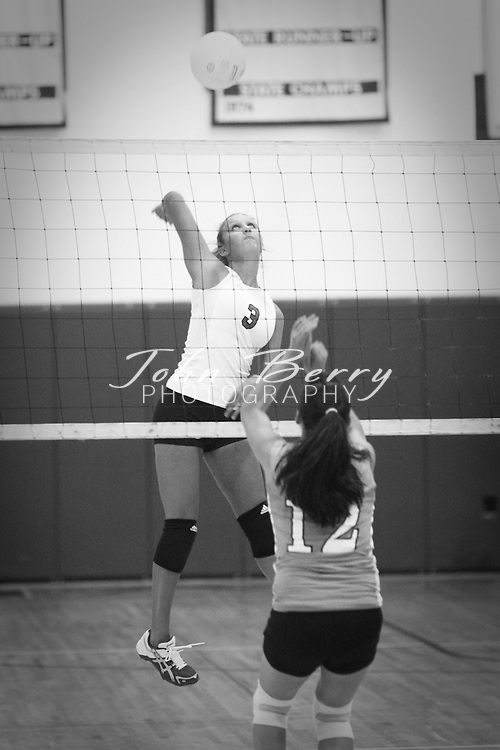 MCHS Varsity Volleyball .vs Eastern View .Scrimmage  .8/13/09