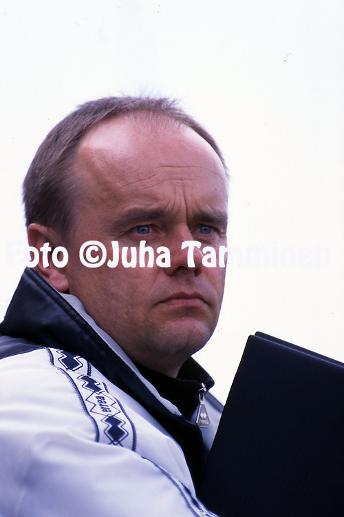 8.5.1997, Hietalahti, Vaasa.<br /> Veikkausliiga 1997.<br /> Vaasan Palloseura - FF Jaro.<br /> Valmentaja Hannu Touru - VPS