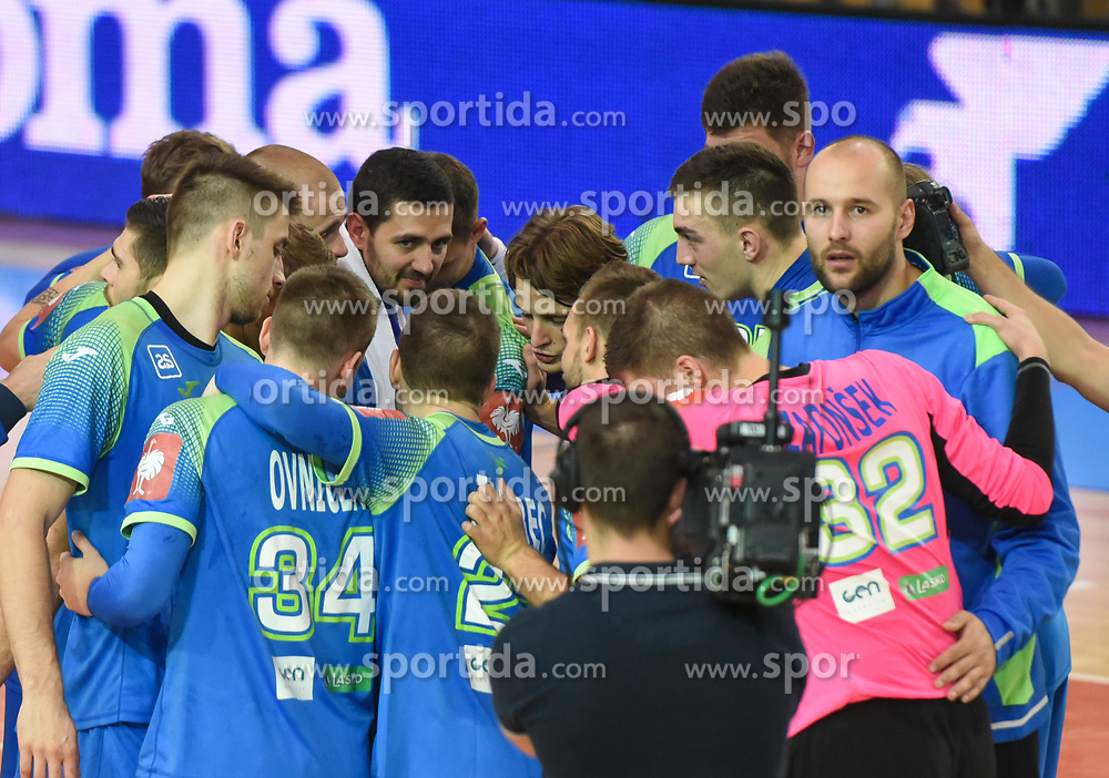 Team Slovenia after friendly handball match between Slovenia and Srbija, on October 27th, 2019 in Športna dvorana Lukna, Maribor, Slovenia. Photo by Milos Vujinovic / Sportida