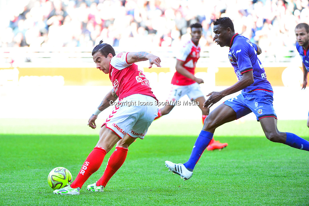 Rodrigues DIEGO RIGONATO / Romain GENEVOIS - 12.04.2015 - Reims / Nice - 32eme journee de Ligue 1 <br />Photo : Dave Winter / Icon Sport