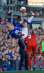 LIVERPOOL, ENGLAND - Sunday, October 4, 2015: Everton's Steven Naismith in action against Liverpool's Nathaniel Clyne during the Premier League match at Goodison Park, the 225th Merseyside Derby. (Pic by Lexie Lin/Propaganda)