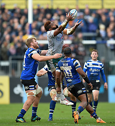 Taqele Naiyaravoro of Northampton Saints claims the ball in the air - Mandatory byline: Patrick Khachfe/JMP - 07966 386802 - 09/11/2019 - RUGBY UNION - The Recreation Ground - Bath, England - Bath Rugby v Northampton Saints - Gallagher Premiership