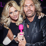 NLD/Amsterdam/20160330 - Presentatie Bobbi Eden collections sextoys, Bobbi en partner Mark Laurenz
