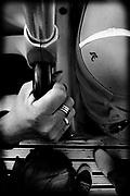Javier Calvelo/ URUGUAY/ MONTEVIDEO/ Proyecto Documental Mundo Digital - Serie Touch sub serie Montevideo en Bus. Viaje en la linea 505 de la empresa Come.<br /> En la foto:  Mundo Digital - Serie Touch, linea  de Cutcsa. Foto: Javier Calvelo / <br /> 2013-12-05  dia jueves