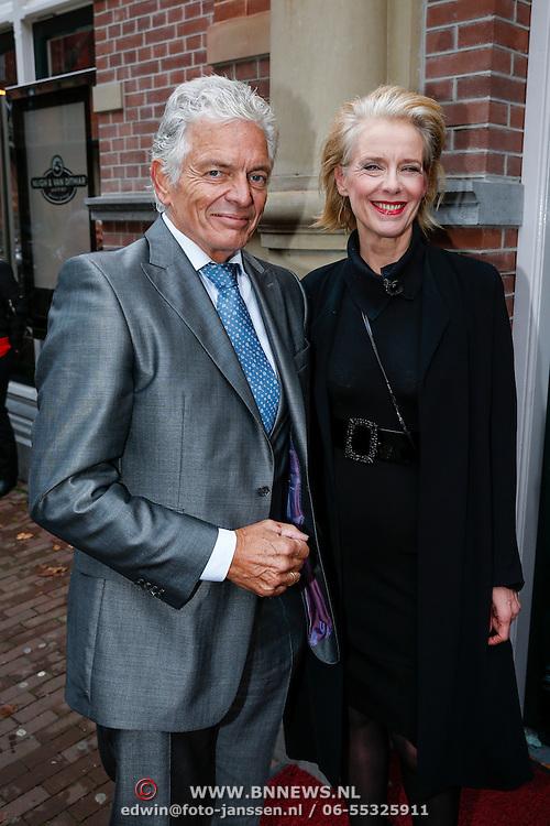NLD/Amsteram/20121024- Presentatie biografie Joop van den Ende, Ben Cramer en Jette van der Meij