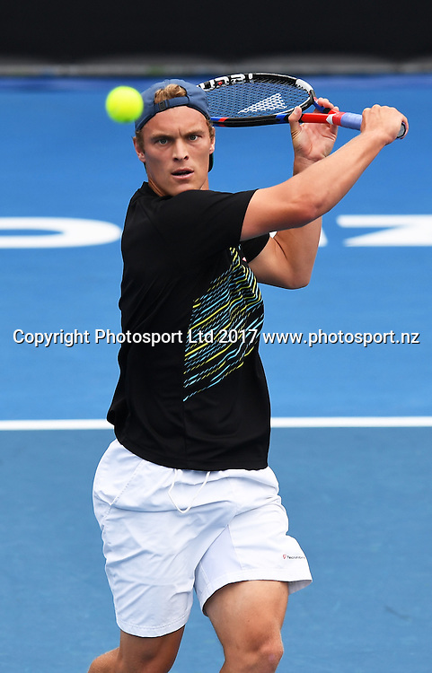 New Zealand's Finn Tearney during his first round singles match at the ASB Classic. ATP Mens Tennis Tournament. ASB Tennis Centre, Auckland, New Zealand. Monday 9 January 2017. © Copyright photo: Andrew Cornaga / www.photosport.nz