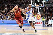 DESCRIZIONE : Campionato 2014/15 Dinamo Banco di Sardegna Sassari - Umana Reyer Venezia<br /> GIOCATORE : Jerome Dyson<br /> CATEGORIA : Palleggio Penetrazione<br /> SQUADRA : Umana Reyer Venezia<br /> EVENTO : LegaBasket Serie A Beko 2014/2015<br /> GARA : Dinamo Banco di Sardegna Sassari - Umana Reyer Venezia<br /> DATA : 03/05/2015<br /> SPORT : Pallacanestro <br /> AUTORE : Agenzia Ciamillo-Castoria/C.Atzori