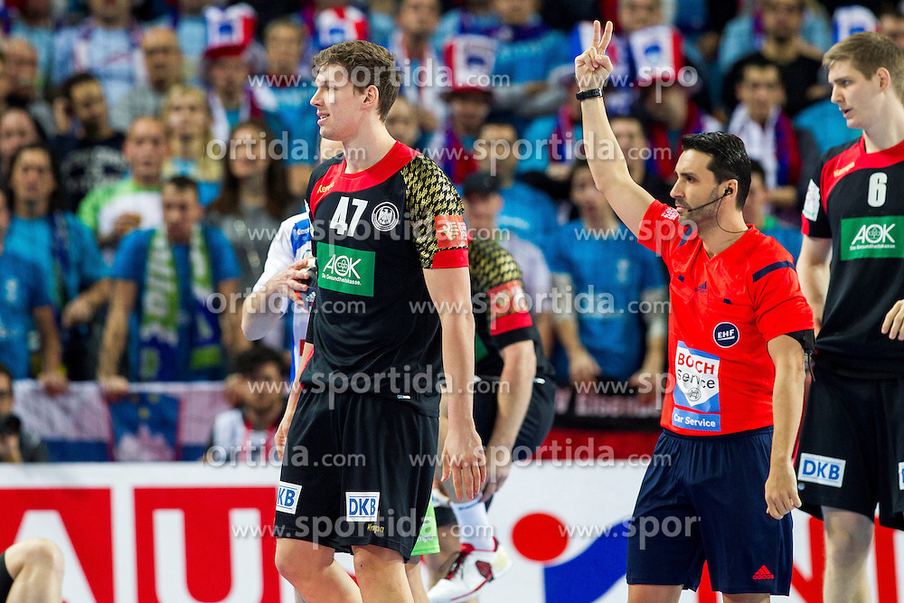 20.01.2016, Jahrhunderthalle, Breslau, POL, EHF Euro 2016, Deutschland vs Slowenien, Gruppe C, im Bild Christian Dissinger (Nr. 47, THW Kiel) bekommt eine Zweiminutenstrafe // during the 2016 EHF Euro group C match between Germany and Slovenia at the Jahrhunderthalle in Breslau, Poland on 2016/01/20. EXPA Pictures &copy; 2016, PhotoCredit: EXPA/ Eibner-Pressefoto/ KOENIG<br /> <br /> *****ATTENTION - OUT of GER*****