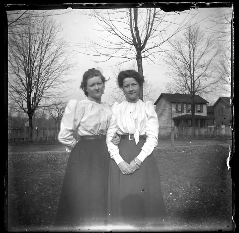 Victorian photograph of two young women in Bel Air, Maryland.