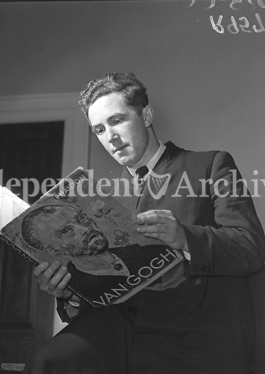 R957<br />