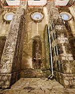 The buttresses of the Parroquía de San Francisco de Asís, Cuetzalan, México.