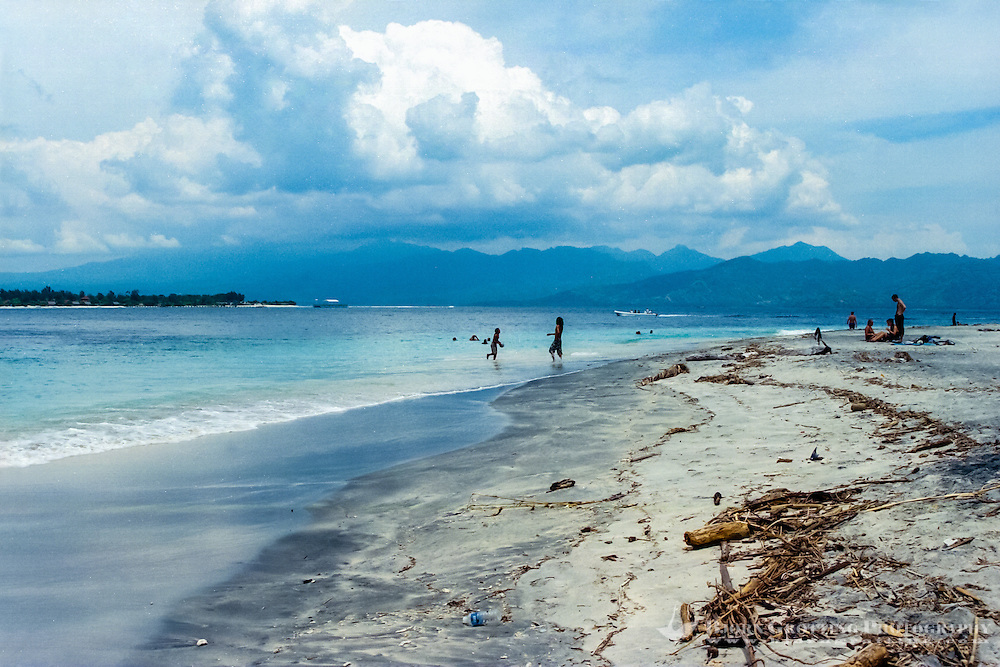 Nusa Tenggara, Lombok, Gili Trawangan. The beach on Gili Trawangan, looking towards Lombok.