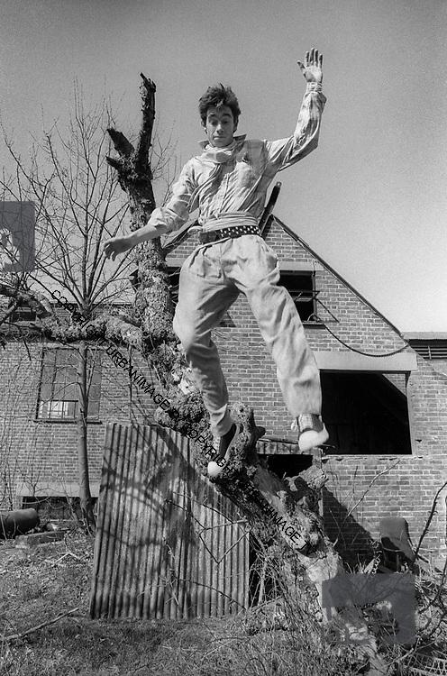 Jimmy Pursey, - Sham 69 at home 1978