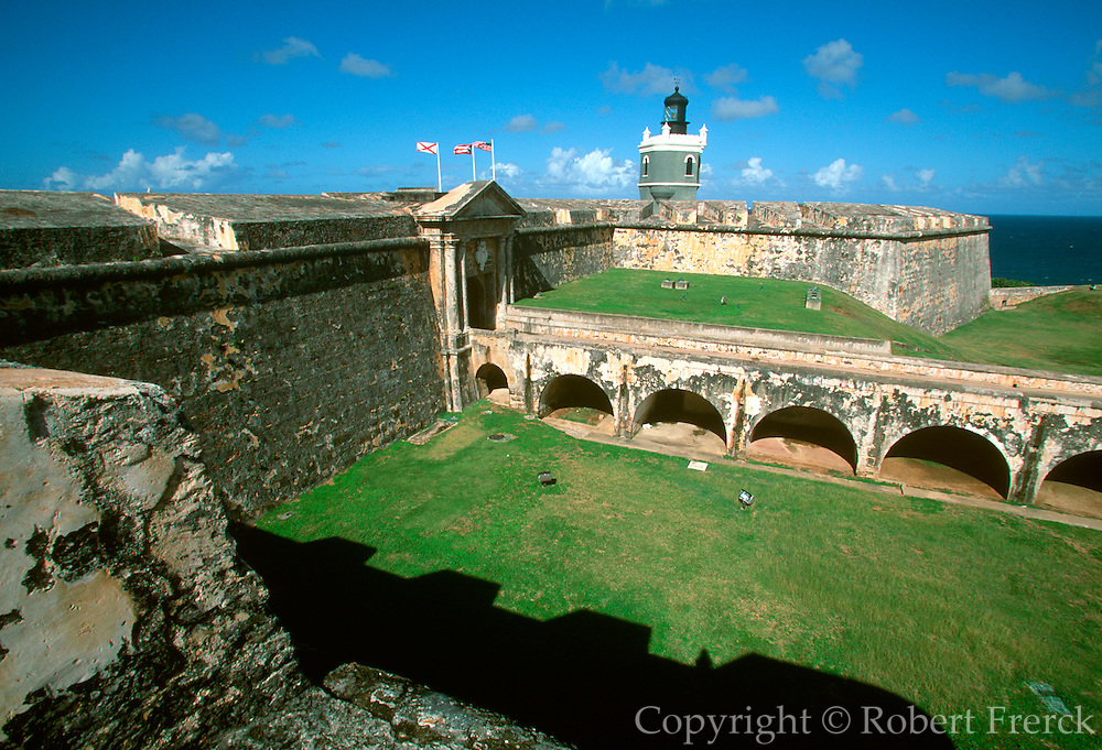 PUERTO RICO, SAN JUAN El Morro land walls, gate and moat