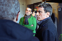 Manuel VALLS etait a Villeurbanne en compagnie de Najat Vallaud Belkacem pour sa campagne.<br /> Il a visit&eacute; Pole Pixel - Pole d&rsquo;image et de creation, d&rsquo;entreprises de creation numerique<br /> l&rsquo;entreprise XILAM - Entreprise de creation numerique<br /> et le Th&eacute;&acirc;tre National Populaire, avant de rencontrer ses militants.