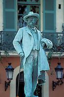France - Bouche du Rhone -Arle -Place du Forum - Statue de Mistral