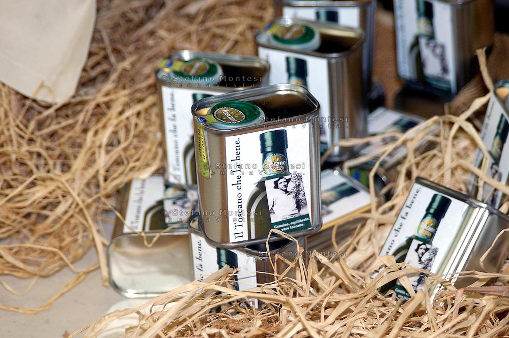 """Rome September 24 th 2 8    .Conference """" The Tuscany of the taste """"  .Extra virgin olive oil Toscano...Roma 24 Settembre 2008.Convegno """" La Toscana del gusto"""" .Olio extravergine di oliva Toscano."""