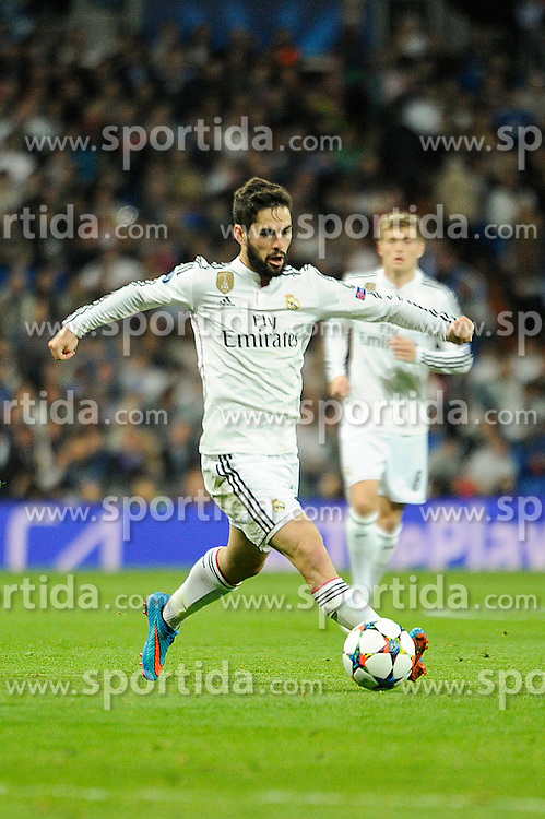 10.03.2015, Estadio Santiago Bernabeu, Madrid, ESP, UEFA CL, Real Madrid vs Schalke 04, Achtelfinal, R&uuml;ckspiel, im Bild Real Madrid&acute;s Isco // during the UEFA Champions League Round of 16, 2nd Leg match between Real Madrid and Schakke 04 at the Estadio Santiago Bernabeu in Madrid, Spain on 2015/03/10. EXPA Pictures &copy; 2015, PhotoCredit: EXPA/ Alterphotos/ Luis Fernandez<br /> <br /> *****ATTENTION - OUT of ESP, SUI*****