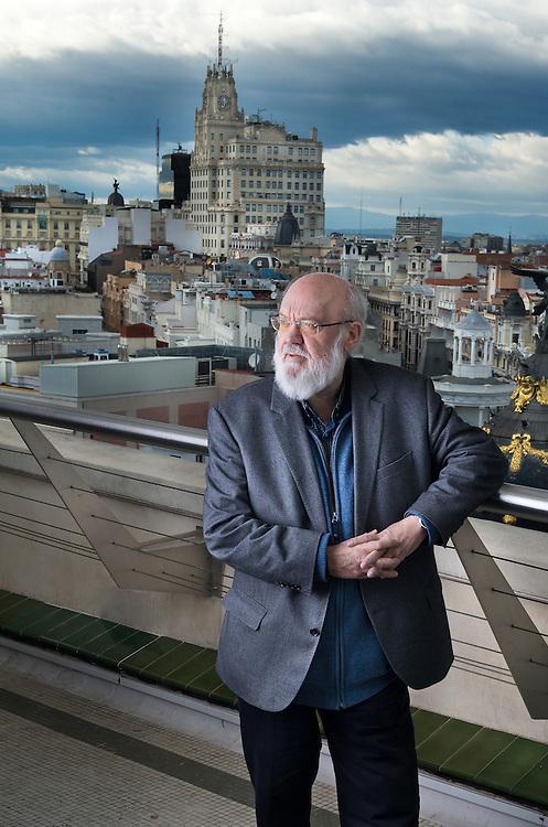 Jose Luis Cuerda, Director de cine, en la terraza del C&iacute;rculo de Bellas Artes.<br /> Madrid.