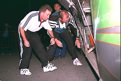 VLADIKAVKAZ, RUSSIA - Tuesday, September 12, 1995: Liverpool's assistant manager Doug Livermore and coach Joe Corrigan load the kit skips into the team bus after the UEFA Cup 1st Round 1st Leg match against FC Alania Spartak Vladikavkaz at Republican Spartak Stadium. (Photo by David Rawcliffe/Propaganda)