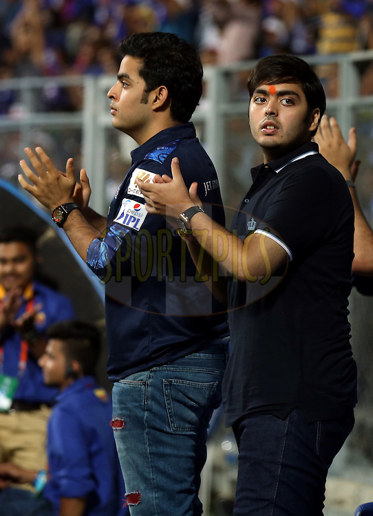 Akash and Annath Ambani son of Nita Ambani during match 14 of the Vivo Indian Premier League ( IPL ) 2016 between the Mumbai Indians and the Royal Challengers Bangalore held at the Wankhede Stadium in Mumbai on the 20th April 2016<br /> <br /> Photo by Sandeep Shetty / IPL/ SPORTZPICS