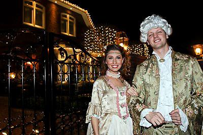 NLD/Volendam/20081221 - Housewarming feest Jan Smit en partner Yolanthe Cabau van Kasbergen, zus Yolanthe en partner