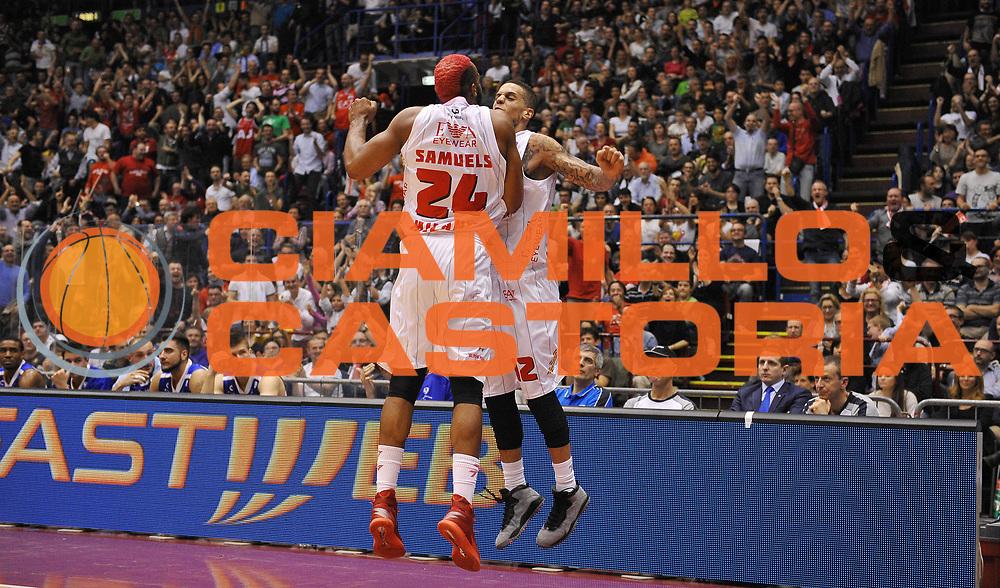 DESCRIZIONE : Milano Lega Basket Serie A 2013-2014 EA7 Emporio Armani Olimpia Milano - Acqua Vitasnella Cantu'<br /> GIOCATORE : Daniel Hackett Samardo Samuels<br /> CATEGORIA : esultanza<br /> SQUADRA : EA7 Emporio Armani Olimpia Milano<br /> EVENTO : Campionato Lega Basket Serie A 2013-2014<br /> GARA : EA7 Emporio Armani Olimpia Milano - Acqua Vitasnella Cantu'<br /> DATA : 06/04/2014 <br /> SPORT : Pallacanestro <br /> AUTORE : Agenzia Ciamillo-Castoria/R.Morgano<br /> Galleria : Lega Basket Serie A 2013-2014