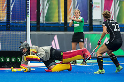 Spain's Maria Ruiz makes a save. Germany v Spain - 3rd/4th Playoff Unibet EuroHockey Championships, Lee Valley Hockey & Tennis Centre, London, UK on 30 August 2015. Photo: Simon Parker