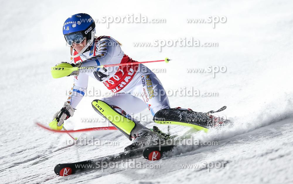 13.01.2015, Hermann Maier Weltcupstrecke, Flachau, AUT, FIS Weltcup Ski Alpin, Flachau, Slalom, Damen, 1. Lauf, im Bild Frida Hansdotter (SWE) // Frida Hansdotter of Sweden in action during 1st run of the ladie's Slalom of the FIS Ski Alpine World Cup at the Hermann Maier Weltcupstrecke in Flachau, Austria on 2015/01/13. EXPA Pictures © 2015, PhotoCredit: EXPA/ Johann Groder