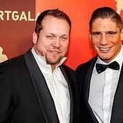 NLD/Amsterdam/20171219 - Inloop NOC/NSF Sportgala 2017, Rico Verhoeven en zijn trainer Dennis Krauweel
