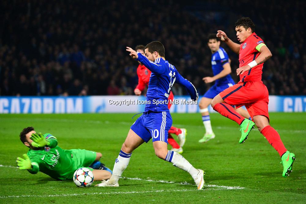 Eden HAZARD / Salvatore SIRIGU - 11.03.2015 - Chelsea / Paris Saint Germain - 1/8Finale retour Champions League<br /> Photo : Dave Winter / Icon Sport