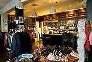 BACCHUS AND KITCHEN GASTROPUB.177, Hoxton Street.London N1 6PJ.Tube: Old Street (Northen line).Tel:0044(0)2076130477.Web: bacchus-restaurant.co.uk.EVENTI: Jumble and Pearls, Vintage Boutique organizzata da Rosalia Ferrara(www.ferrarapr.com), e' l'occasione migliore per comprare vestiti vintage e di firma a poco prezzo. CHRISTMAS SPECIAL,pranzo di natale, e' la miglior occasione per degustare la cucina locale ed internazionale.