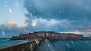 Saint-Malo intramuros. Grande maree